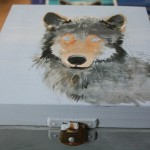 wilk szkatułka pudełko